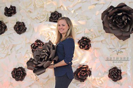 Шикарные цветы для фотозоны