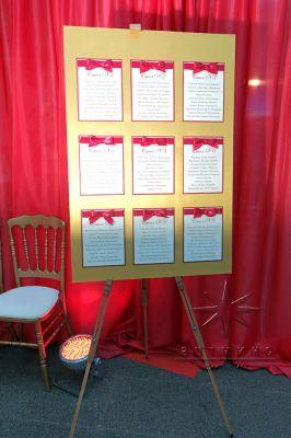 План рассадки гостей в красном цвете