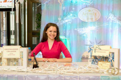 Оформление ежегодной выставки-продажи Королевство свадеб 2015