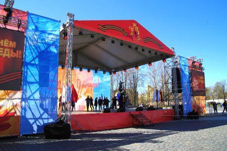 Оформление сцены на праздник День Победы 2018 в Кронштадте