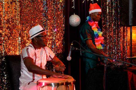 Новогодняя ночь гавайского карнавала в Solo Sokos Hotel Palace Bridge (3)