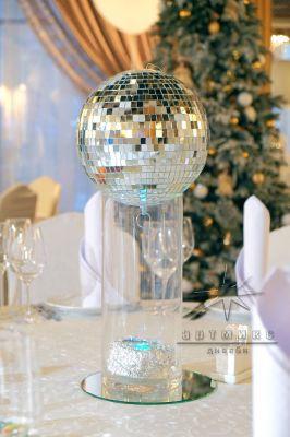 шар в вале в оформление столов гостей