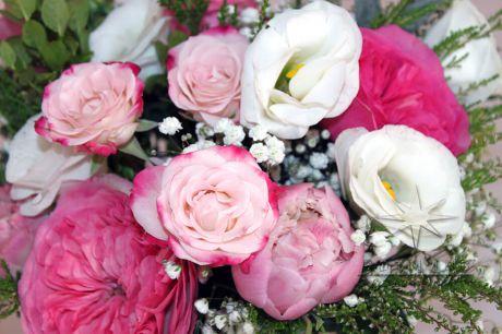 Цветы в подарок