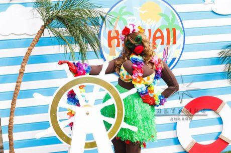 Фотозона на Гавайской вечеринки