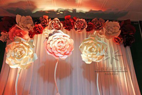 Декорирование коридора для фотографий на мероприятии