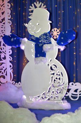 Новогодняя светодиодная фигур Снеговик