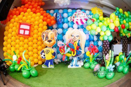 Фотозона из воздушных шаров для детского дня рождения