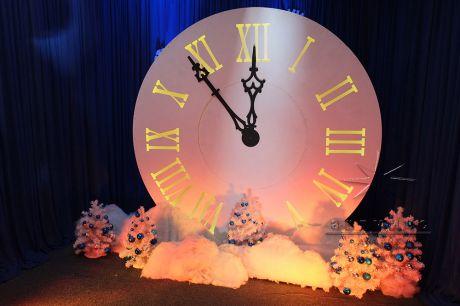 Фотозона большие Часы