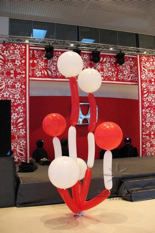 Необычные  букеты из 27 дюймовых шаров  для  украшения  корпоративного мероприятия