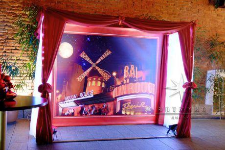 Декор зала – очень важный элемент создания праздничной атмосферы радости и беззаботности вас и ваших гостей