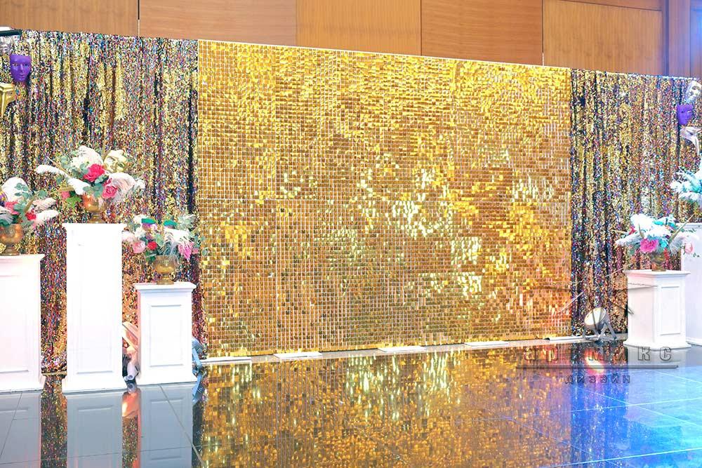Золотая стена фотозона