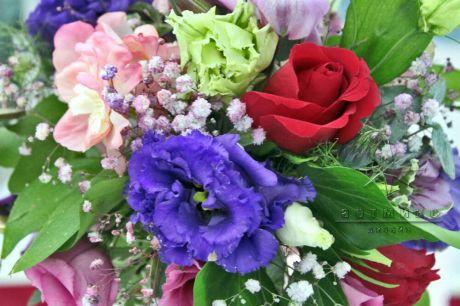 Оформление праздников живыми цветами