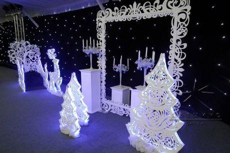Новогоднее оформление в Хрустальном павильоне