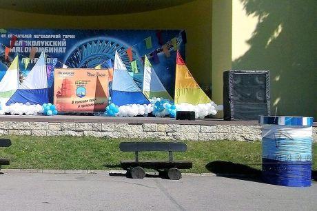Декоративное украшение сценической площадки на Диво Острове