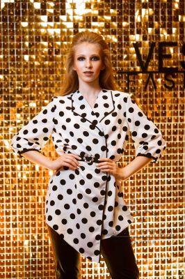 Золотая фотозона на выпускном вечере модельного агентства