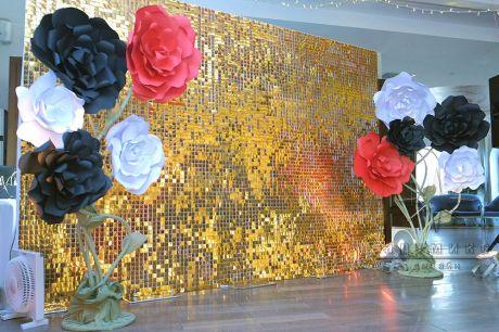 Золотая фотозона на день рождения