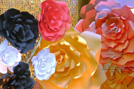 Цветы из дизайнерского картона