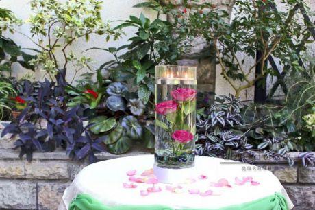 Стильный праздничный декор из живых цветов