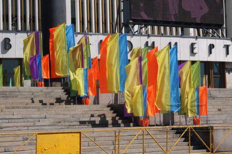 Флагштоки и флаги в аренду разных размеров и многообразной цветовой гаммы