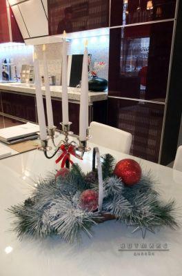 Новогоднее оформление витрины в магазине SCAVOLINI
