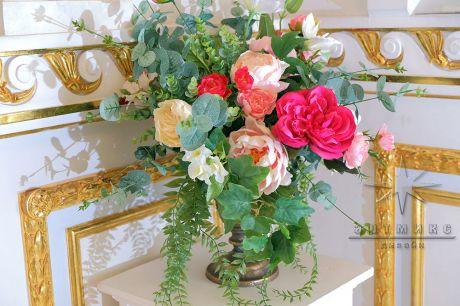 Оформление цветами во Дворце Сюзора