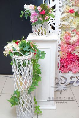 Плетёные корзины, колонны и кашпо в стиле Прованс