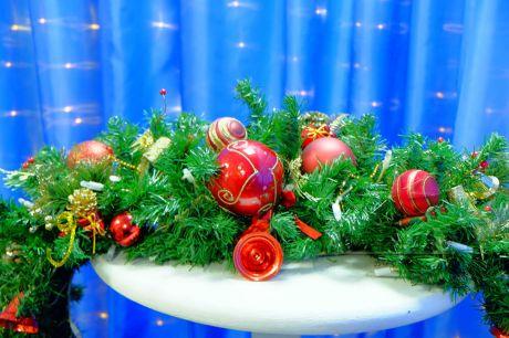 Красочные рождественские гирлянда в аренду