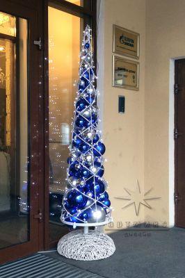 Синяя декоративная ёлочка - аренда