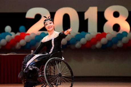 Оформление сцены для Международного спортивного конкурса по спортивным танцам на колясках