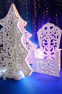 Новогодняя фотозона Трон Деда Мороза и ёлочка