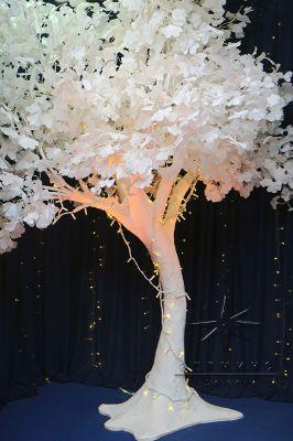Объёмное дерево из лепестков Гинкго высотой - 3,2 м