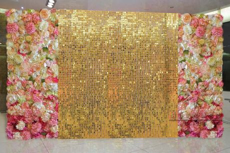 Цветочные фотозоны с золотом