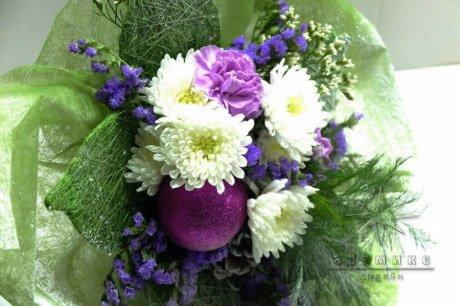 Букеты цветов на новый год и рождество – это уже добрая традиция