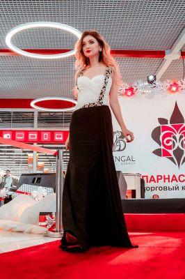 Оформление дорожки для показа fashion от модного агенства Bengal model agency
