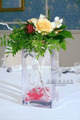Букет из розы в вазе