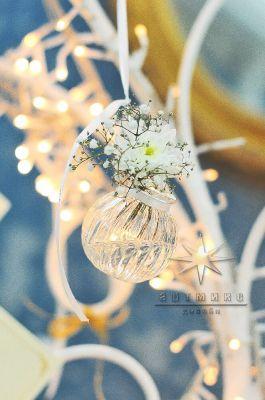 Мини-вазы с живыми цветами