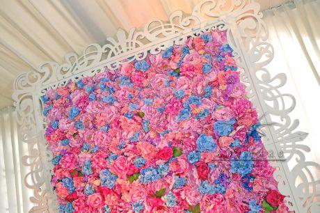 Арка из цветов в аренду