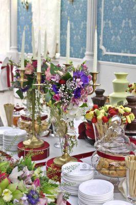 Декор и флористика в оформлении Кэнди бара